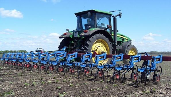 Время позаботится о будущем урожае. Успейте приобрести актуальную технику к началу сезона.